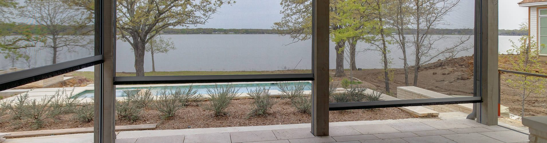 Dallas Outdoor Roller Shades
